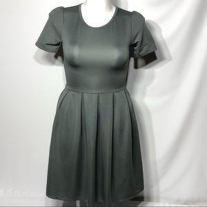 Lularoe Amelia Grey Dress Zips Womans Size M EUC